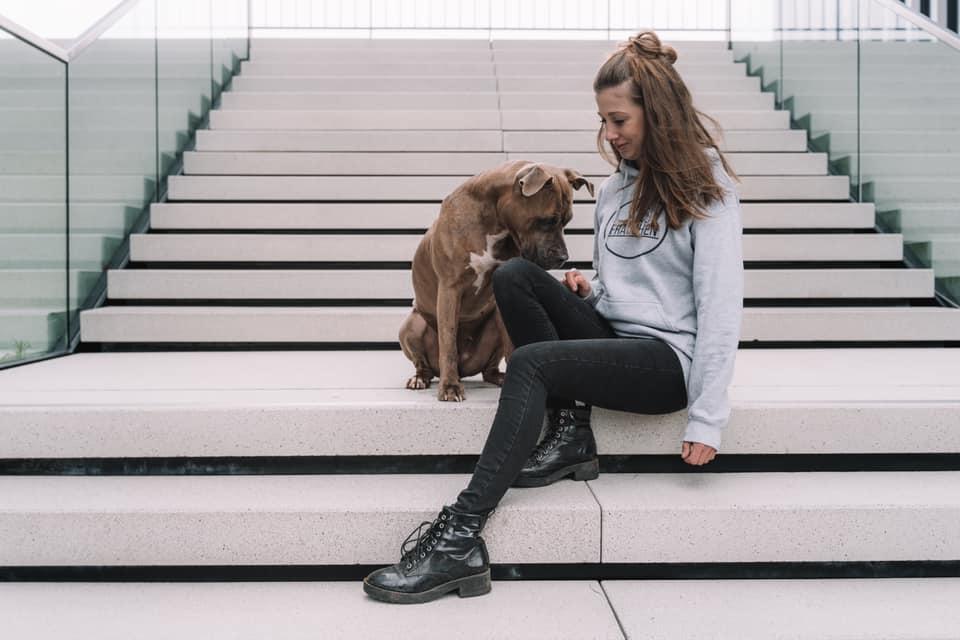 hund_mensch_held_doggiepack_mia_joanna_
