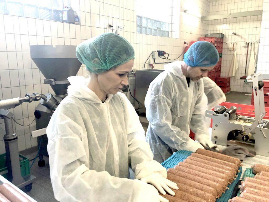 Hundefutter-Manufaktur-blick-in-produktion